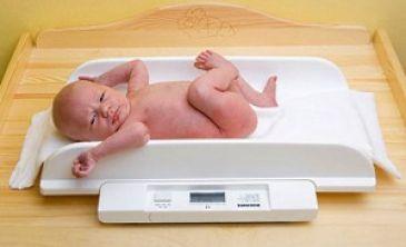 Прибавка в весе у новорожденных: нормы и отклонения