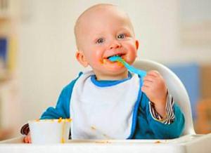 Когда вводить прикорм грудному ребенку?