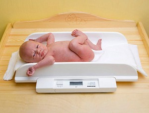 набор веса у новорожденных